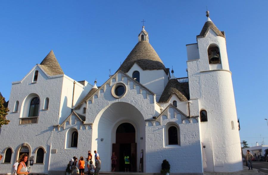 chiesa-sant-antonio-alberobello